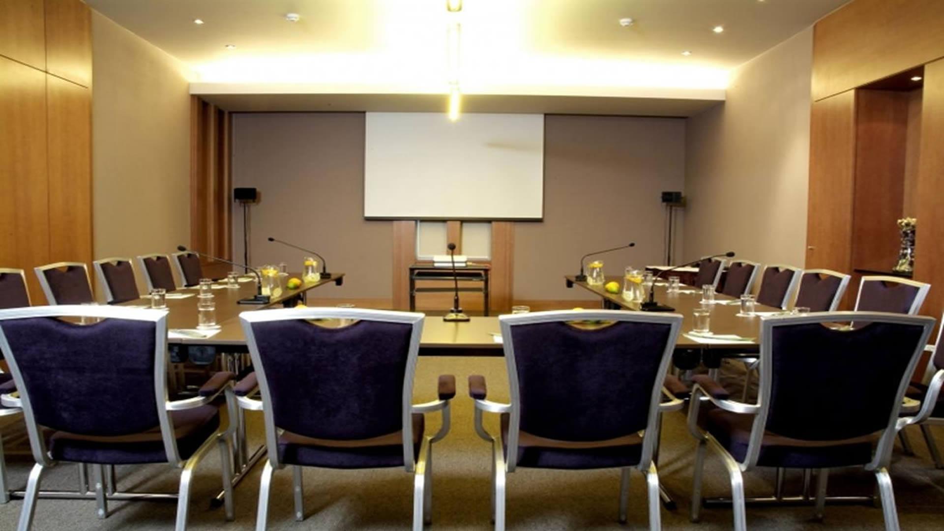 Konferenciák, kongresszusok, továbbképzések
